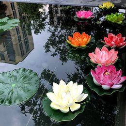 2019 decorazioni di acqua galleggiante 5 PCS 10cm Floating Lotus Artificial Flower Wedding Home Garden Decorazioni per feste Fai da te Ninfea Mariage Piante finte decorazioni di acqua galleggiante economici