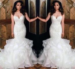 Lujo magnífico en cascada de volantes sirena vestidos de novia sexy cariño apliques de lentejuelas top africanos largos vestidos de novia BC0586 desde fabricantes