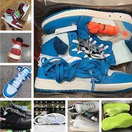 2019 tecido de fibra de carbono azul 1 Sapatos OG Basquetebol fora Mens Chicago Red Sneakers mulheres sapatos de grife Verde Black formadores brancos de alta qualidade desportivos de luxo Shoes US5.5-12