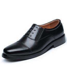 2019 квадратные носки Черное Платье Обувь Для Мужчин Квадратный Носок Господа Кожа Формальные Обувь Мужчины Бизнес Офис Свадебные Скольжения На Плоской дешево квадратные носки