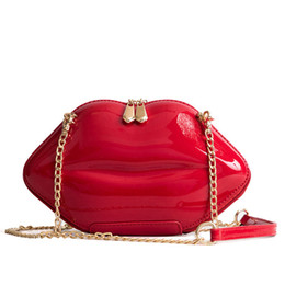 LIPS CLUTCH SHOULDER BAG PURSE IN PINK FAUX PATENT LEATHER LIP MAKE UP TRENDY