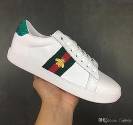 2019 блеск дизайнерская обувь новый человек роскошный веб-кроссовки с шпильками полосой бренды лучшее качество известный туз вышитые для женщин серебряная обувь от