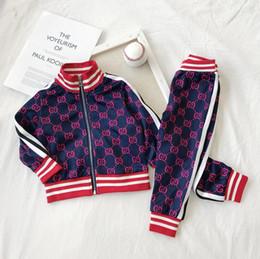 2020 Ropa de bebé para niños Traje deportivo Primavera otoño Conjunto Vetement Garcon Cardigan Chaqueta de bebé + pantalones Ropa de niño para envío gratis90-130 desde fabricantes