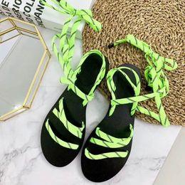 Scarpe boho online-2018 donne estive calde anello punta a punta croce cinturino alla caviglia sandali da spiaggia Boho scarpe piatte pinne 35 - 41
