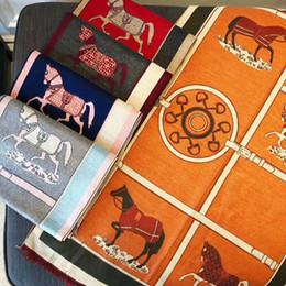 Deutschland Designer Schal Mode Luxus Frauen Herbst / Winter Komfort Wärme monografischen Druck hochwertige Schal 70 * 180 fünf Farben Versorgung