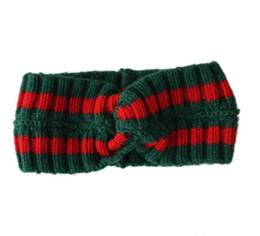 strickschal-designs Rabatt Heiße frauen Schal Rote und grüne streifen Design Elastische Stirnband stricken Haarbänder für Männer und Frauen Retro Turban Beste Qualität Geschenke