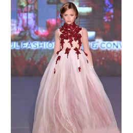 Pizzo collo alto Little Girls Pageant Abiti Appliques Toddler Ball Gown Flower Girl Dress Piano Lunghezza Tulle Perline Prima Comunione Abiti da