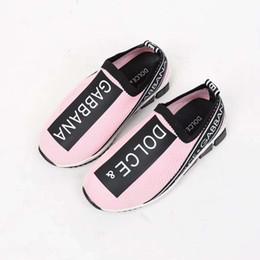 Sapatos de ginástica do bebê on-line-Menina sapatos de moda esporte ginásio esporte tênis de corrida tênis para o bebê menino menina calçados esportivos Rosa escorregar no vestido da criança para a menina Eu26-35