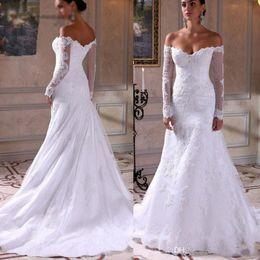 estilos de encaje de boda blanco nigeriano Rebajas Venta al por mayor caliente Blancos Apliques estilos de encaje nigerianos Ofrecer el hombro vestidos de novia de manga larga con cremallera de la espalda sirena