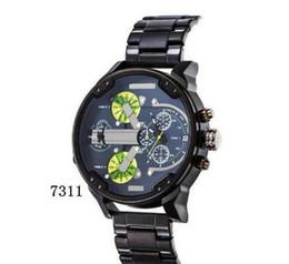 Heißer verkauf radfahren Sportuhren Big Dial Display Feld reise Luxus uhr Quarzuhr Stahlband 7333 Mode Armbanduhren Für Männer 7315 von Fabrikanten