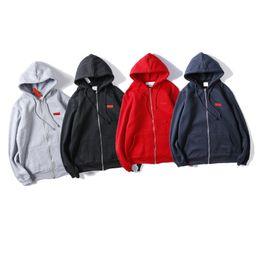 Wholesale Insignia de la caja de diseño con capucha de los hombres de moda mujeres de la camiseta sudaderas con capucha de las parejas de lujo impresión de alta calidad de manga larga Negro Azul Gris Rojo