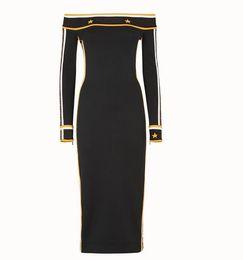 knielänge jeanshemd kleid Rabatt 2018 Luxusmarke Herbst / Winter gestricktes, körperbetontes Kleid schwarz Ein-Wort-Ausschnitt Dressing Party Kleid Größe S-L