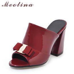 Tacchi a punta di piega d'arco nero online-vendita all'ingrosso scarpe da donna estate tacchi alti peep toe signore partito scarpe bow block tacco donna pantofola all'aperto rosso nero grande formato