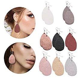Aretes de cuero para mujer online-8 pares de pendientes de cuero Pendientes ligeros de piel sintética de imitación Pendientes de gota de lágrima para mujeres
