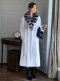 2020 weißer nerzkragen Arlenesain benutzerdefinierte 2019 neue Design langen weißen Patchwork Chinchilla Pelzkragen Mantel Frauen günstig weißer nerzkragen