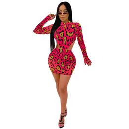 Set di due fasce di fasce online-Le donne Set vendita delle nuove signore sexy di Arrivel vestito partito del mini vestito superiore Club Moda autunno-inverno Bandage Outfits Body e gonna Two Pieces