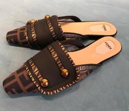 Обувь для дома онлайн-2019 Италия Женщины Мужчины Горки Лето Роскошные Дизайнерские Пляжные Плоские G Обувь Марка женщина Сандалии Тапочки Дом Шлепанцы размер 35-41 54646