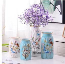 Vaso de decoração bonita on-line-Bela flor e vaso padrão de pássaro de cerâmica, presente de decoração de mesa de escritório em casa, pode conter água