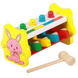 bater brinquedos de madeira Desconto Empilhamento de madeira das crianças martelo caixa de martelo batendo voando brinquedo jogo de bebê mão coordenação olho brinquedos educativos