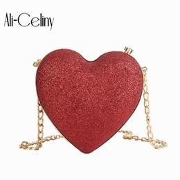 2019 Марка оригинальность дизайн формы сердца Shouder сумка цепи сумка прекрасные женщины Сумки женские сумки цепи cheap heart shape tote bags от Поставщики сумки с сердечком
