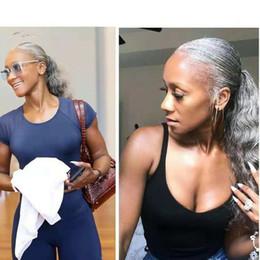 großhandel natürliches haar hairpiece Rabatt Menschliches Haar Pony Tail Haarteil wickeln um Färbemittel freies natürliches hightlight Salz und Pfeffer graues Haarpferdeschwanz freies Verschiffen