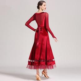 abito a manica lunga in tango Sconti 3 colori New Standard Ballroom Dance Dress Donna manica lunga Waltz / Tango / Jazz Dance Dress Nero / Verde / Rosso Performance / Pratica
