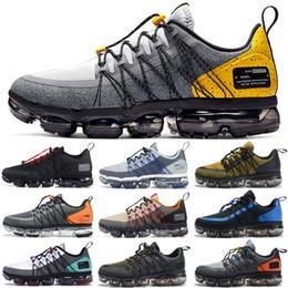 Scarpe da ginnastica nere scontate online-2019 Nike Vapormax Run Utility Uomo Scarpe da corsa Best Quality Nero Antracite Bianco Rifletti Argento Sconto Scarpe Sport Sneakers Taglia 40-45