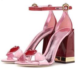 sandali a punta del cuore Sconti 2019 Chic cuore gladiatore sandali donne open toe perla strass fibbia grosso tacco alto scarpe donna moda scarpe da festa