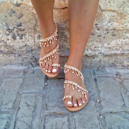 Женские сандалии мода строка бисера плоские сандалии плюс размер женские летние Гладиатор обувь 2269 supplier shoes strings от Поставщики шнуры для обуви