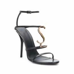 Argentina 2019 Mujer Zapatillas Sandalias Zapatos de diseño La mejor calidad Verano Talones Sandalias Chanclas Sandalias de moda con caja Tamaño: 35-40 DHL libre 000 supplier heels dhl Suministro