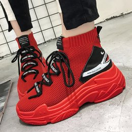 2019 fashionable Shark Sneakers Women Men High Top Breathable Flat Platform Shoes Women Casual Socks Shoes Chunky Sneakers от