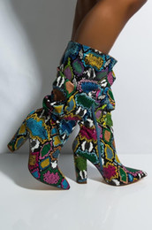 Womens scarpe a punta polpaccio stivali pitone modello pitone colori misti cerniera laterale blocco tacco grosso scarpe moda lusso A1238
