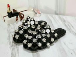 Diseñador de la mujer diapositiva Últimas zapatillas de moda de verano sandalias Moda Nuevo llegar zapatos de mujer tamaño 35-41 Modelo jiaodian01 desde fabricantes