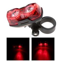 luces de advertencia de seguridad Rebajas Nueva Ciclismo Noche Súper Brillante Rojo 2 LED Luz trasera de la bicicleta Luz de advertencia de seguridad de bicicleta Accesorios de bicicleta