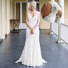 sereia vestido de casamento marfim rápido Desconto Marfim Lace Sereia Vestidos de Casamento Mangas Curtas V Neck País Ocidental Vestido De Noiva Com Sexy Aberto Para Trás Jardim Barato Vestidos de Noiva À Venda