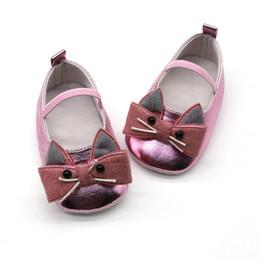 2019 padrão de sapato de bebê sem molas Baby Girl Shoes Respirável Gato Dos Desenhos Animados Padrão Anti-Slip Sapatos Sneakers Casuais Criança Sola Macia Sandálias padrão de sapato de bebê sem molas barato