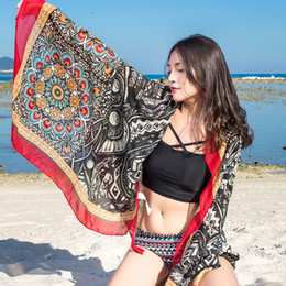 Canada Designer foulard de plage de luxe châles / plage châle Wrap pour les femmes / dames mode été grande taille Sarong Wrap Beach pour la vente en gros cheap wholesale wrapping scarf Offre