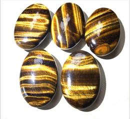 Quarz-achat online-Palm Trommelsteine Tigeraugen Quarzkristall Heilung glatte Seifenform Edelstein