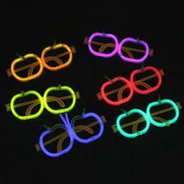 2019 óculos em forma de maçã Vidros LEVOU fluorescente de Palha para a festa Novidade Luminosa Óculos de Halloween de Natal crianças Brinquedos PE Maçã Forma Óculos B11 óculos em forma de maçã barato