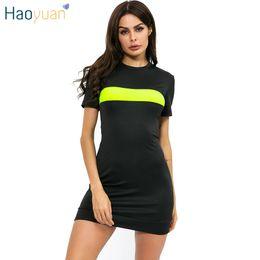 Roupa de néon on-line-HAOYUAN Sexy T Shirt Preto Vestido de Roupas de Verão para As Mulheres Mini Vestidos de Néon Verde Splice Causual Manga Curta Bodycon Vestidos