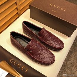 Moda design couro mens sapato on-line-19ss marca homens sapatos sapatos de couro material de design mens designer para homens com couro genuíno moda casual homens sapatos de luxo