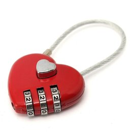 Cerraduras en forma de corazón online-Mini cuerda de alambre combinación de bloqueo para portátiles mochila mochila portátil en forma de corazón amor contraseña de bloqueo bolsa al aire libre candado MMA1441 300 unids