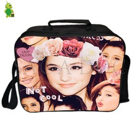 Ariana Grande Collages Lunch Bag Donna Uomo Fresh Keeping Cooler Bag Isolamento Thermal Ice Pack Drink Picnic cheap cool ice pack da pacchetto di ghiaccio fresco fornitori