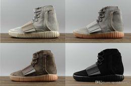 Hot sapatos de grife de vendas Kanye West 750 botas Cinza claro Sapatilhas marrons Triplo Preto Cinza calçados esportivos 750 Caminhadas ao ar livre sapatos de corrida de