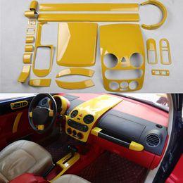 Adesivi ruota giallo online-Yellow Car copertura del centro Console Porta Scuff Gear Sticker pannello Volante modanatura per Volkswagen Beetle 2003-2012