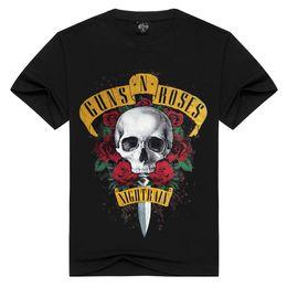 Футболка с тремя розами онлайн-Guns N Roses Печатающая футболка для мужчин New Skull Rose 3D Shirt с коротким рукавом с круглым вырезом Черная футболка с потертостями плюс размер одежды HAH0301