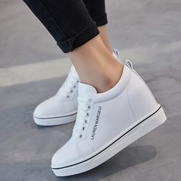 287e10041 altura que aumenta o calçado Desconto Chegada nova Mulheres Altura  Crescente Sapatos Flats de Couro Da