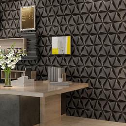 2019 silberfarbene vinylrollen Mode pvc schwarz weiß silber gestreifte tapete 3d moderne wohnzimmer wasserdicht vinyl strukturierten streifen tapeten rollen