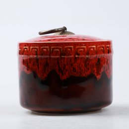 2019 zucchero New Celadon Tea Caddy Accessori per il tè Vaso in ceramica Barattolo di zucchero sigillato Vasetto di conservazione di frutta secca Scatola da tè Barattoli di stoccaggio da cucina 10x9 cm sconti zucchero
