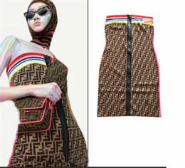 Rayure arc en ciel en Ligne-T-shirts pour femmes de haute qualité Rainbow Stripe couture lettres jacquard couture fermeture à glissière à tricoter, modelage du corps, femmes se essuyant la poitrine, robes